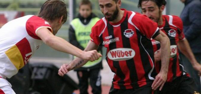 Il Foggia vince 3-1 ad Aversa. Di Barraco, Maza e Cavallaro i gol rossoneri