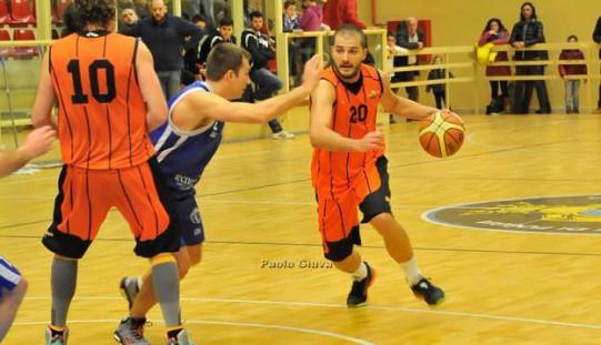 """Basket: Diamond """"dieci"""" e lode. Anche il Castellaneta è ko (79-68)"""