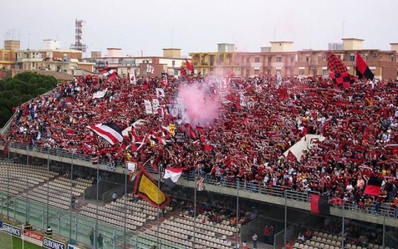 """Prevista una bolgia allo """"Zaccheria"""" per Foggia-Ascoli: spettatori da record"""