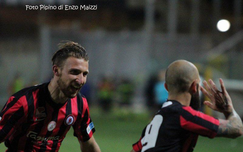 Il Foggia trova la continuità. Allo Zaccheria Siracusa ko (3-0)