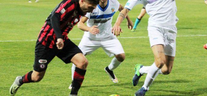 Foggia-Siracusa 3 &#8211; 0 Il Foggia chiude l&#8217;anno con tre &#8216;<i>botti</i>&#8216; rossoneri