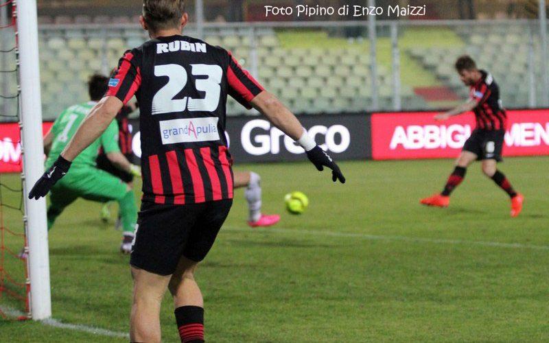 """Foggia, Loiacono: """"Nostro rigore netto ma non diamo colpa all'arbitro"""""""