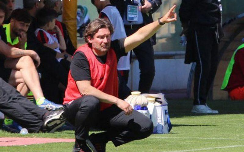 """Foggia, Stroppa: """"La squadra mi rende orgoglioso. Mazzeo resterà in B"""""""