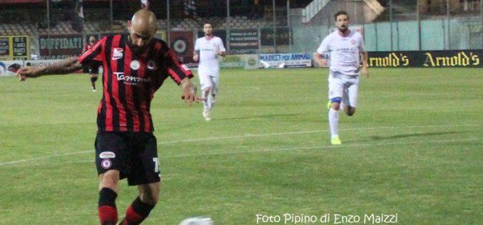 Le pagelle di Foggia-Virtus Entella: Mazzeo in gol, Martinelli sbaglia