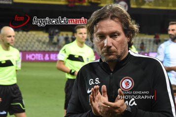Il Foggia è un colabrodo, rossoneri travolti 5-1 dall'Avellino. Stroppa traballa