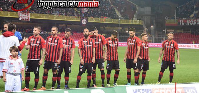 Il Parma annulla il Foggia: 0-3 allo Zaccheria. Rossoneri contestati