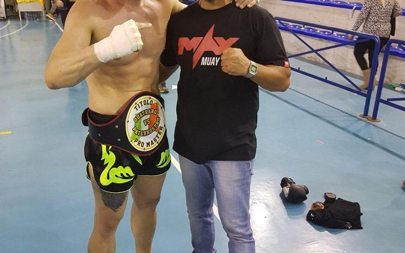 """Torna sul ring dopo 10 anni, lotta e vince: """"Con passione e sacrificio tutto è possibile"""""""