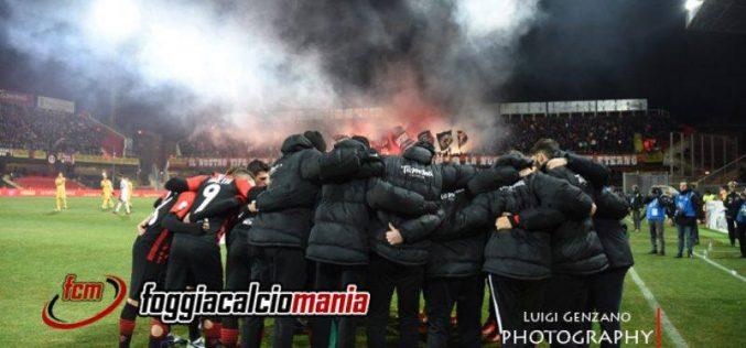Novara-Foggia 0-1, in dieci per un'ora blitz rossonero