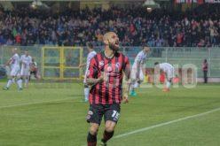 Mazzeo fa impazzire lo Zaccheria al 95′: Foggia batte Cesena 2-1