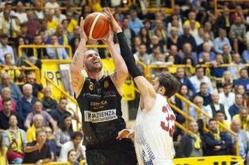 Basket. San Severo vince gara-1 della finale playoff di basket valida per l'A2