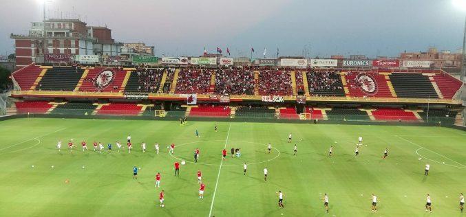 Foggia, esordio nero per Grassadonia: ko 3-1 col Catania e addio Coppa Italia