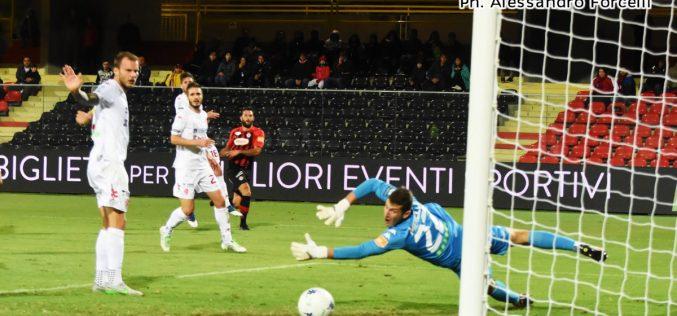 Foggia-Padova 2-1: i rossoneri la rimontano all'ultimo respiro