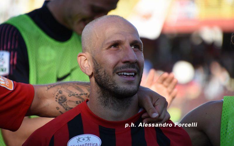 Bari-Foggia, ovvero quando un anno fa il calcio pugliese dava il meglio di sé