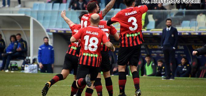 Un anno di Foggia: rossoneri a due facce, dal sogno play-off all'attuale deprimente classifica