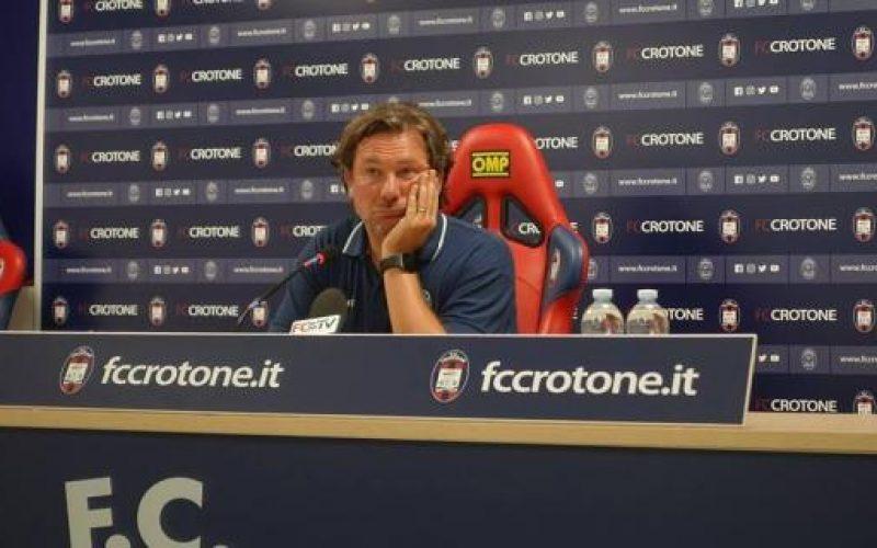 """Crotone, Stroppa: """"Hellas tra le più forti del campionato. Chi subentra dalla panchina può fare la differenza"""""""