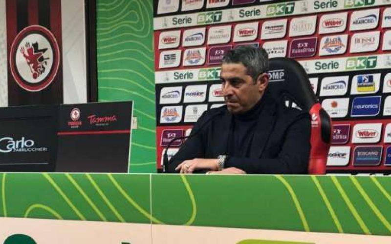 """Foggia, Padalino: """"Mentalità e sacrificio. L'arbitro non ha visto due episodi"""""""