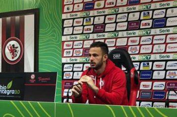 """Foggia, Leali: """"Era importante reagire. I tifosi ci sono sempre vicini"""""""