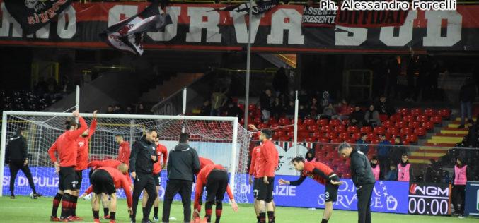 """<i>Corriere Mezzogiorno</i>: """"Al Palermo tolti 20 punti, il Foggia è in C"""""""