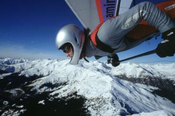 Deltaplani pronti per il decollo per il titolo mondiale