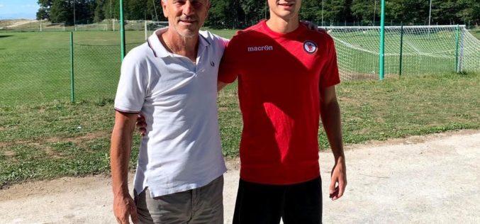UFFICIALE – Foggia, firma il centrocampista Filippo Gemmi