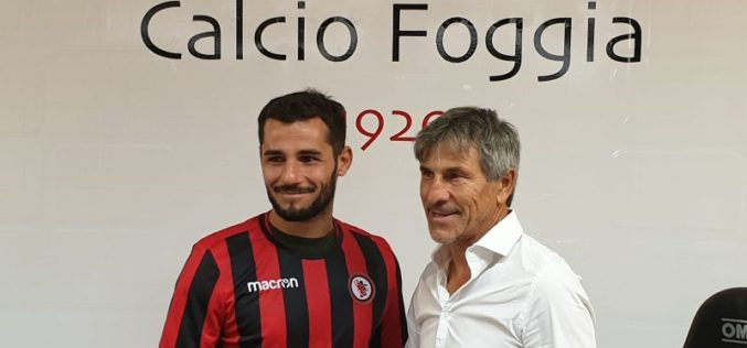 """Tortori: """"Ho scelto Foggia perché per un calciatore giocare qui è straordinario"""""""