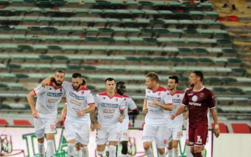 Bari, secondo peggior rendimento interno del Girone C. Ora doppia occasione con Cavese e Ternana