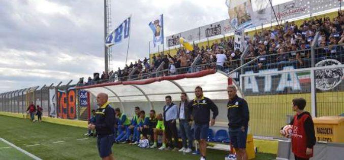 """Fidelis Andria, Favarin: """"Alcuni giocatori devono riportare i piedi per terra e restare umili"""""""