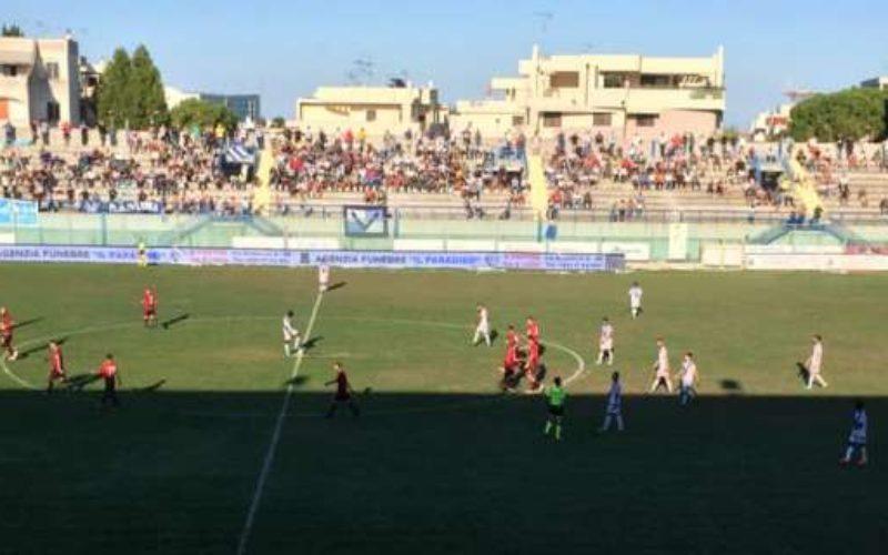 Brindisi-Foggia 1-1, D'Ancora risponde a Iadaresta: parità nel derby