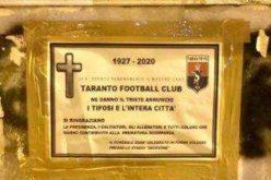 Taranto, altro gesto macabro: apparsi dei manifesti mortuari in città