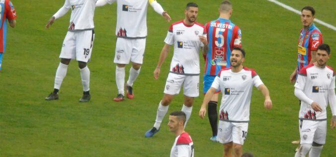 Il Foggia subisce e non reagisce: col Catania finisce 2-1