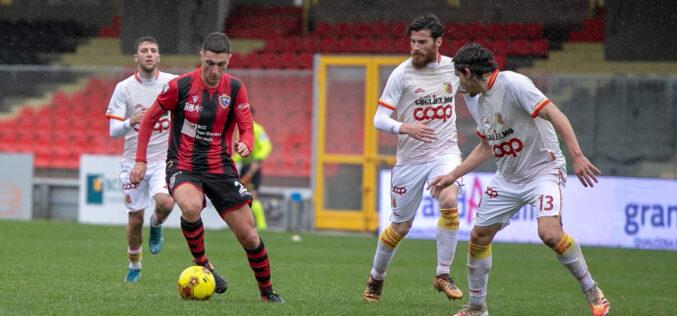 Le pagelle rossonere: Curcio e Rocca non al top, Fumagalli giusto il cartellino rosso